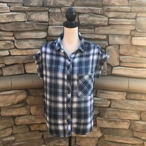 NWOT Anthropologie Cloth & Stone Flannel Top Sz S